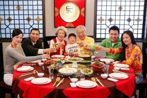 年夜饭吃饺子的团圆说说